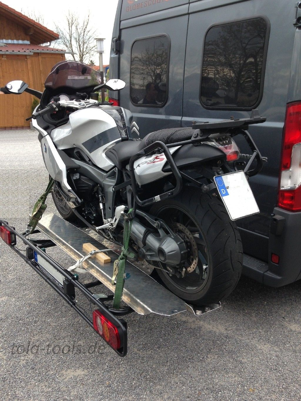 Cate Carrier for Motorcycles on Fiat Ducato